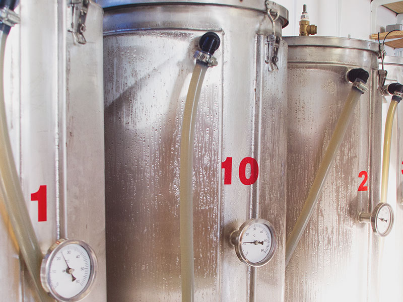 mountain_brewing_co_more-tanks